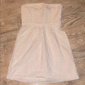 Gap dress white eyelet strapless dress size 6